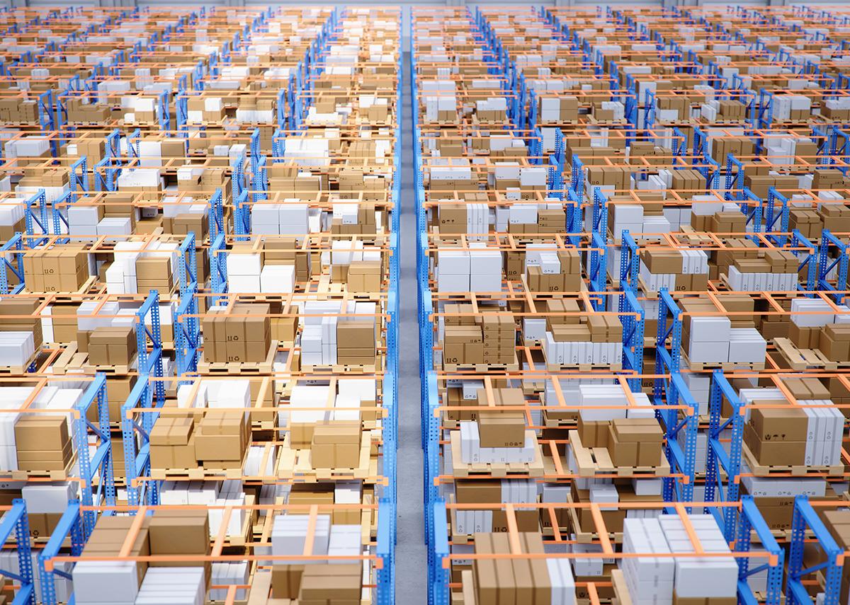 Lagerplätze effektiver nutzen - Bild: Rost9|Shutterstock.com