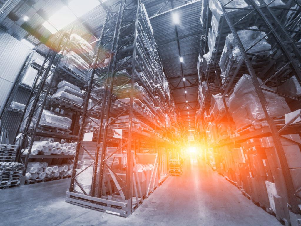 Top Brennpunkt in der Logistik - @shutterstock | DedMityay