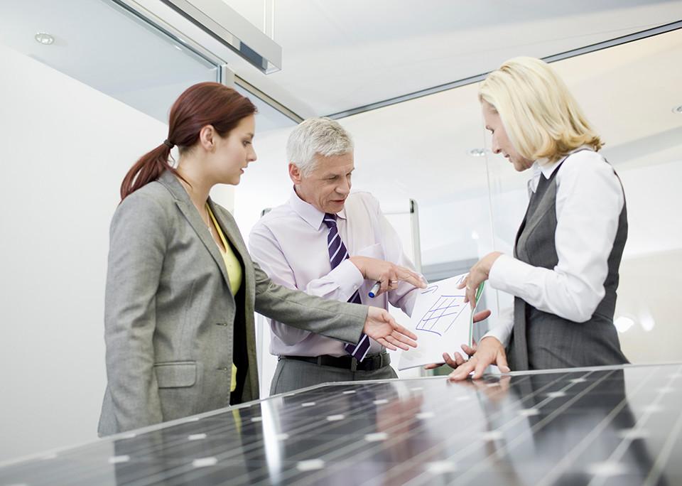 Photovoltaik für die Energiewende – @shutterstock | Air Images