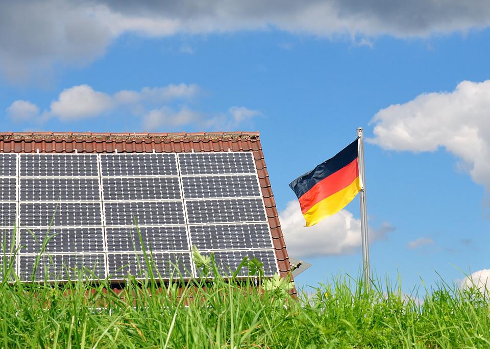 Photovoltaik: Neues aus Deutschland – @shutterstock   Robert Biedermann