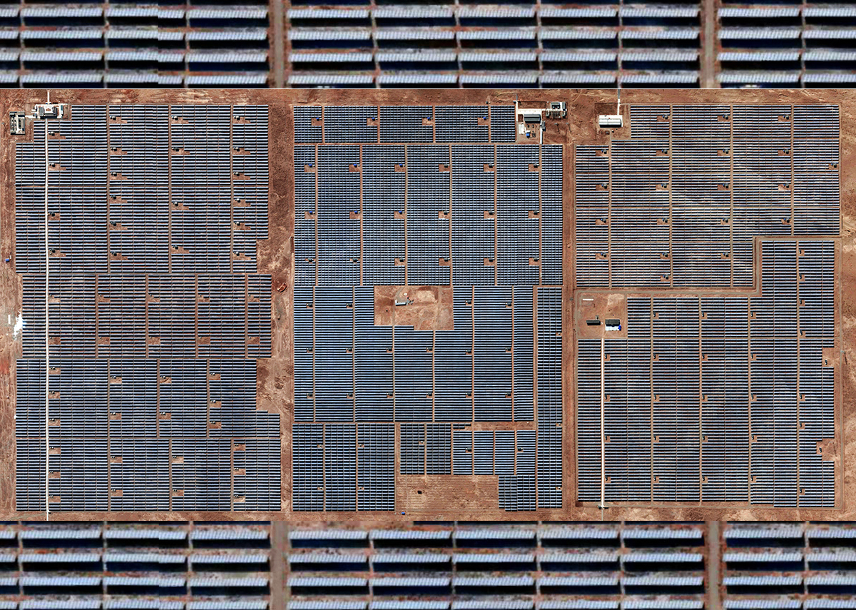 2017 größte Solaranlage der Welt: Longyangxia Dam Solar Park in China - Bild: @shutterstock|burakyalcin