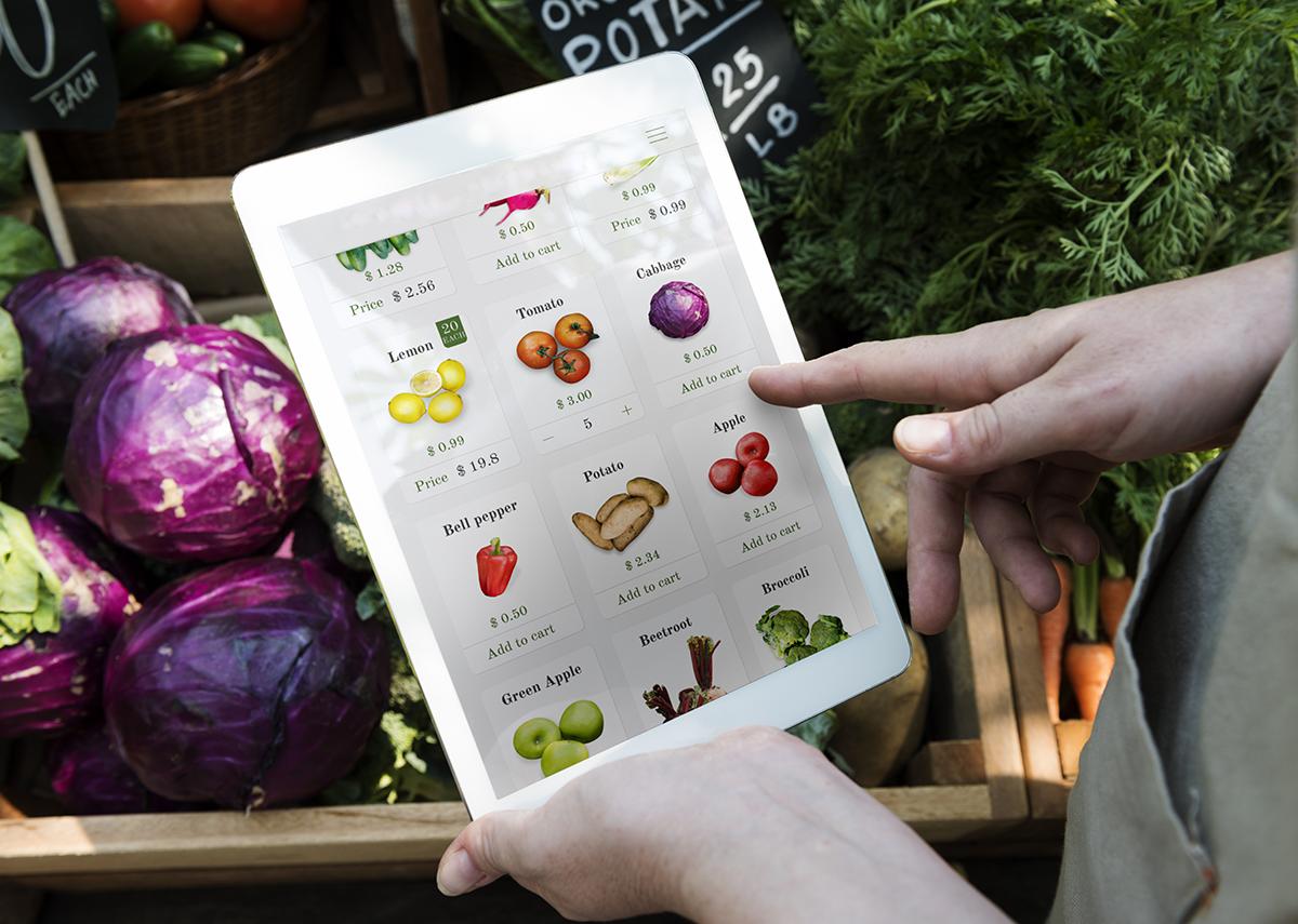 E-Commerce mit E-Food - Bild: Rawpixel.com Shutterstock.com