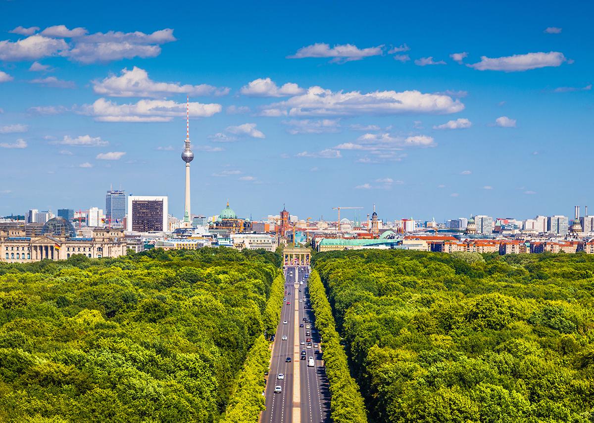 Mit dem Berliner Solargesetz für mehr Solarenergie - Bild: canadastock Shutterstock.com