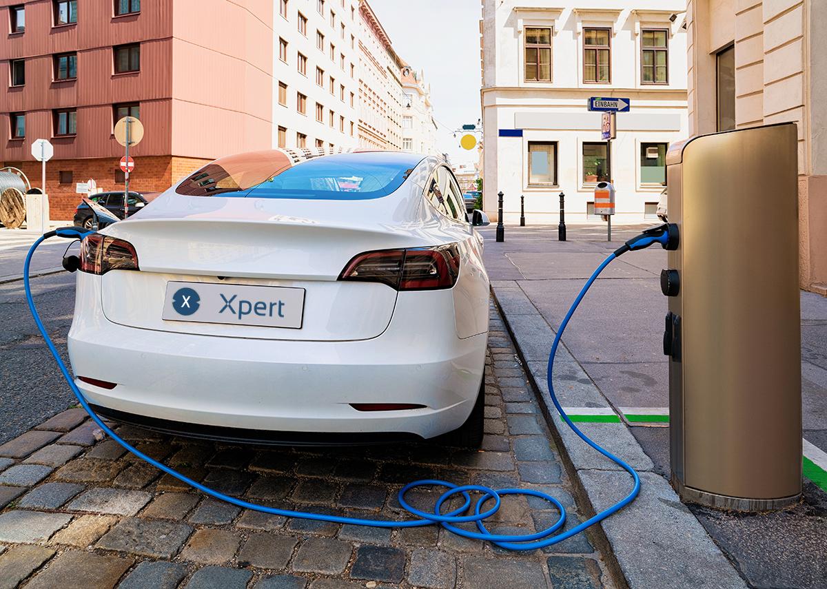 Die Elektromobilität kommt langsam, aber sie kommt - Bild Xpert.Digital, Roman Babakin|Shutterstock.com