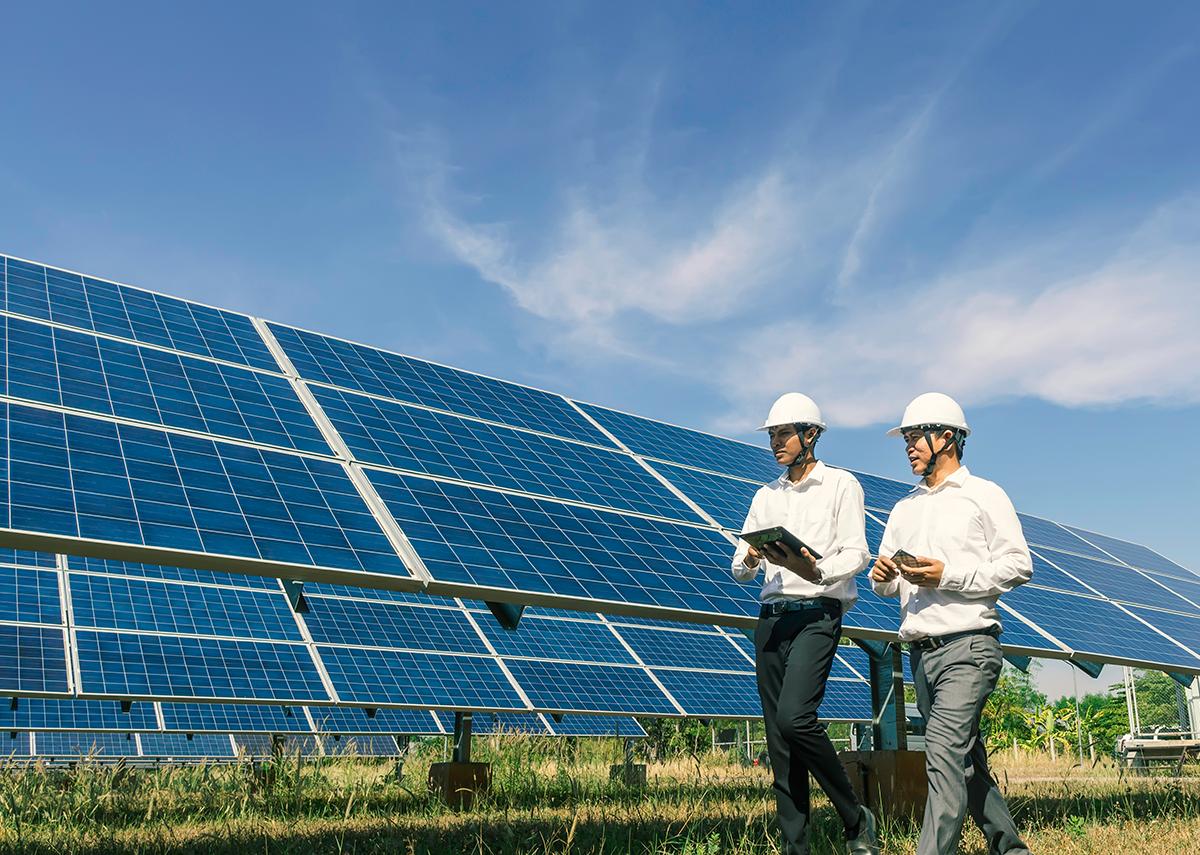 Solar / Photovoltaik Glossar - Bild: Kampan Shutterstock.com