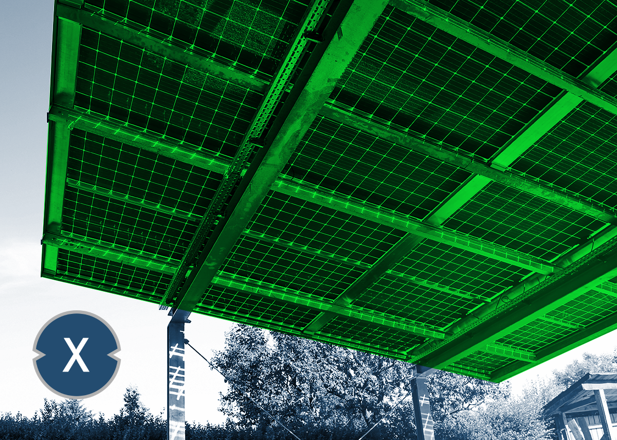 Photovoltaik Parkplatz bzw. Solar Carport - Bild: Xpert.Digital / Marina Lohrbach Shutterstock.com