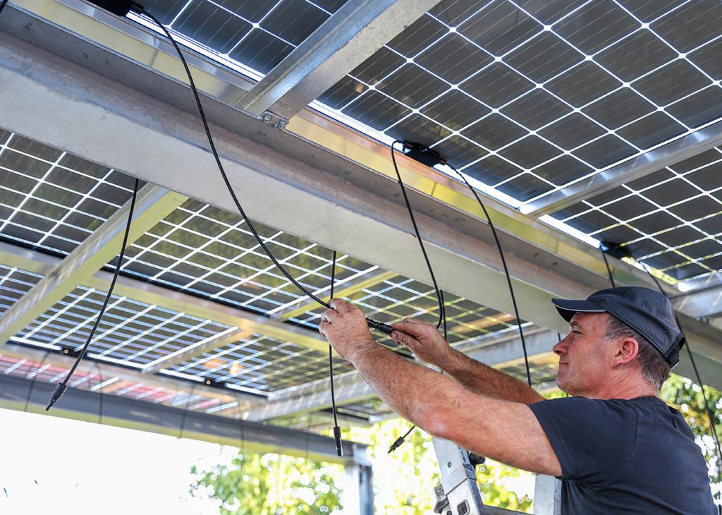 Doppelglas Solarmodule Überkopfmontage