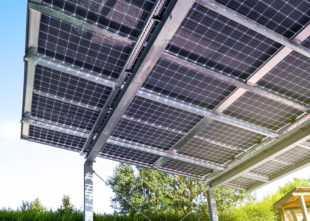Solarcarport mit Üerkopfzulassung für Glasmodule